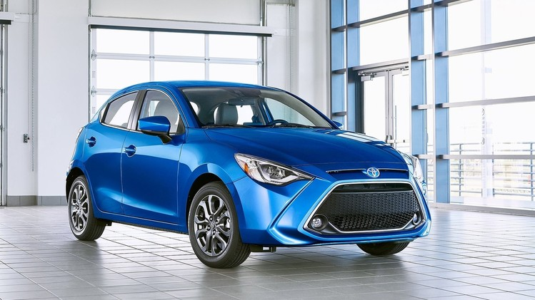 Toyota Yaris Hatchback USA 2020 1
