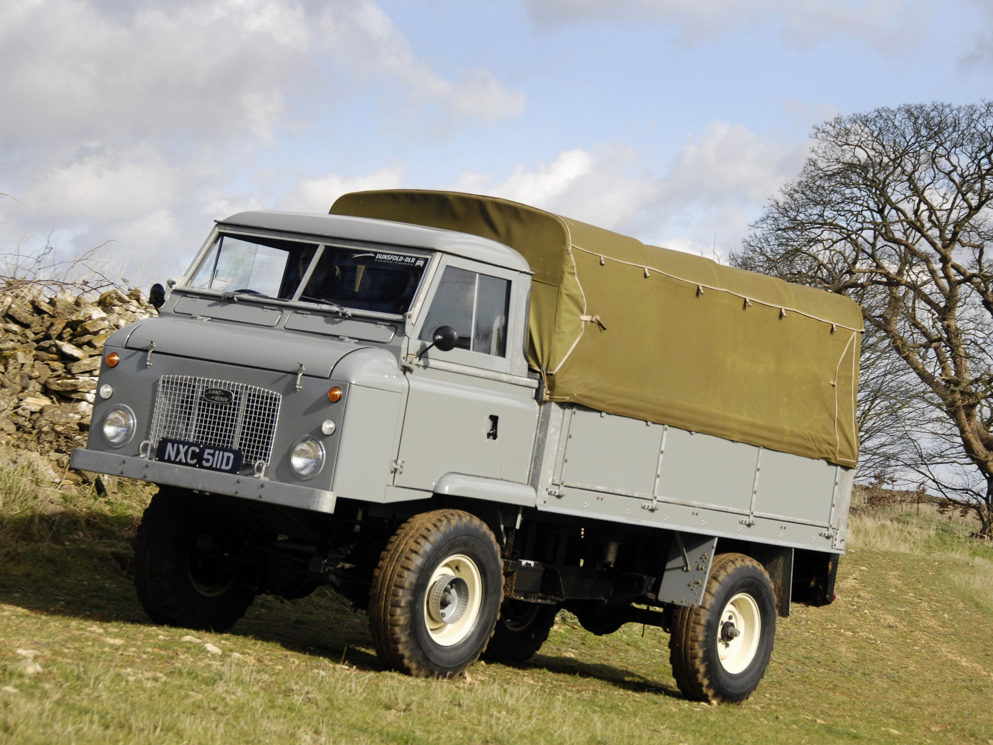 land_rover_series_ii_forward_control_2