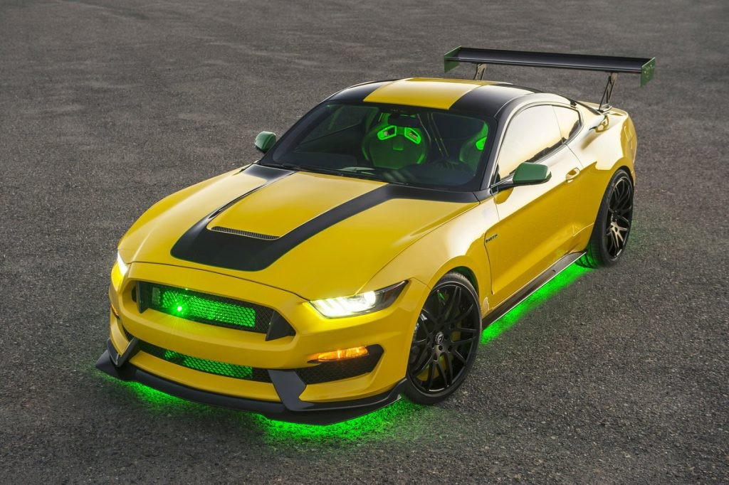 ole yeller ford mustang