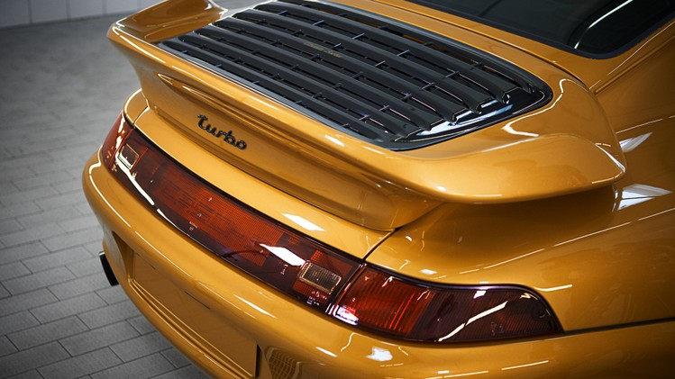 porsche_911_turbo_classic_series_24