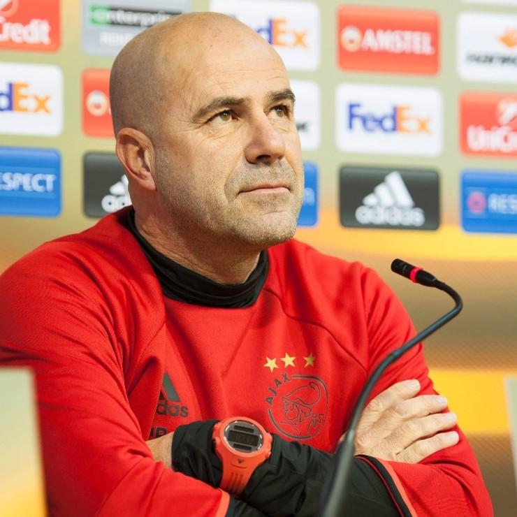Ajax-trainer Peter Bosz © AFP