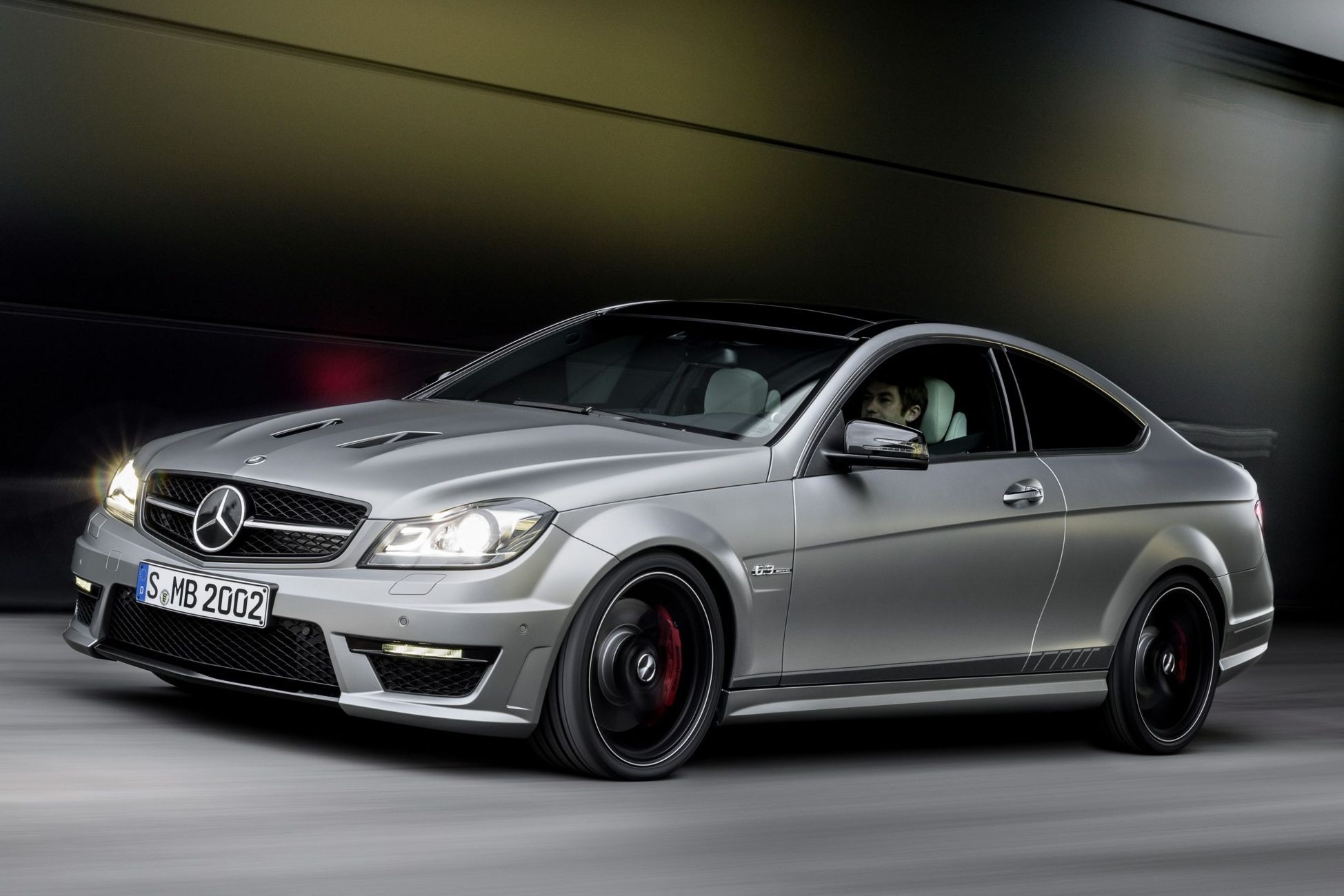 mercedes-benz_c_63_amg_edition_507_1