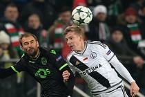 Bas Dost ging woensdag met Sporting ten onder tegen Legia Warschau. © AFP