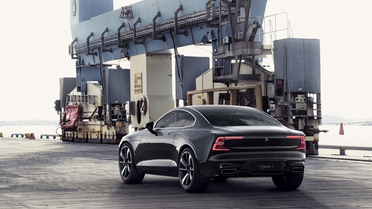 Polestar 1 black exterior, on location