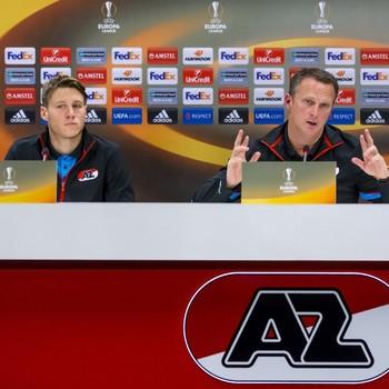 John van den Brom tijdens de persconferentie © ANP