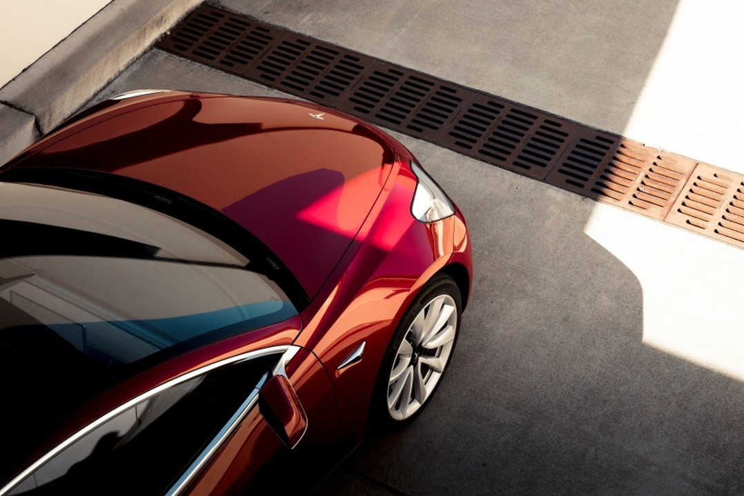 Tesla-eigenaren klagen over roest Model 3
