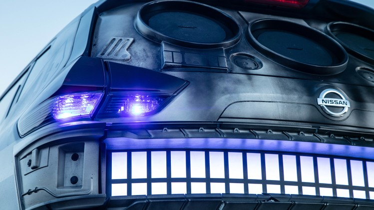 nissan-rogue-star-wars-themed-show-vehicle-17-1