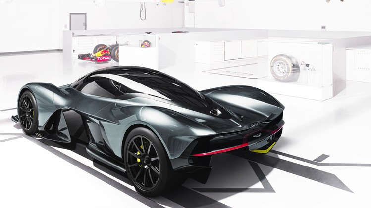 Aston Martin Red Bull AM-RB 001 - Autovisie.nl - 6