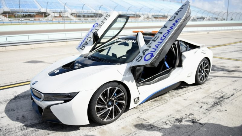 BMW i8 safety car Formule E - draadloos laden