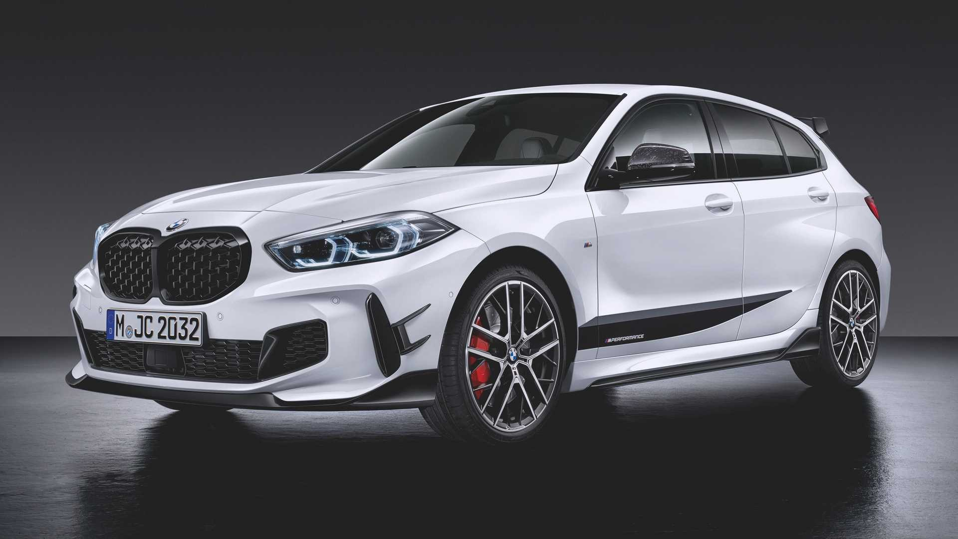 BMW M135i xDrive M Performance