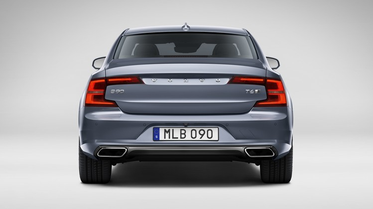 Volvo S90 Official 004
