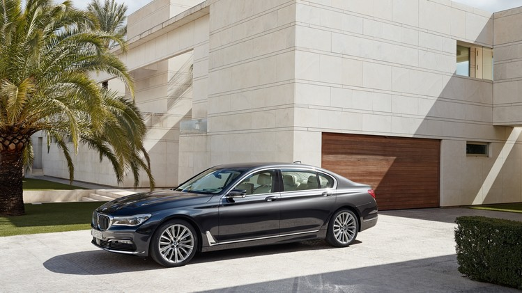 BMW 7 Serie Official 2016 009