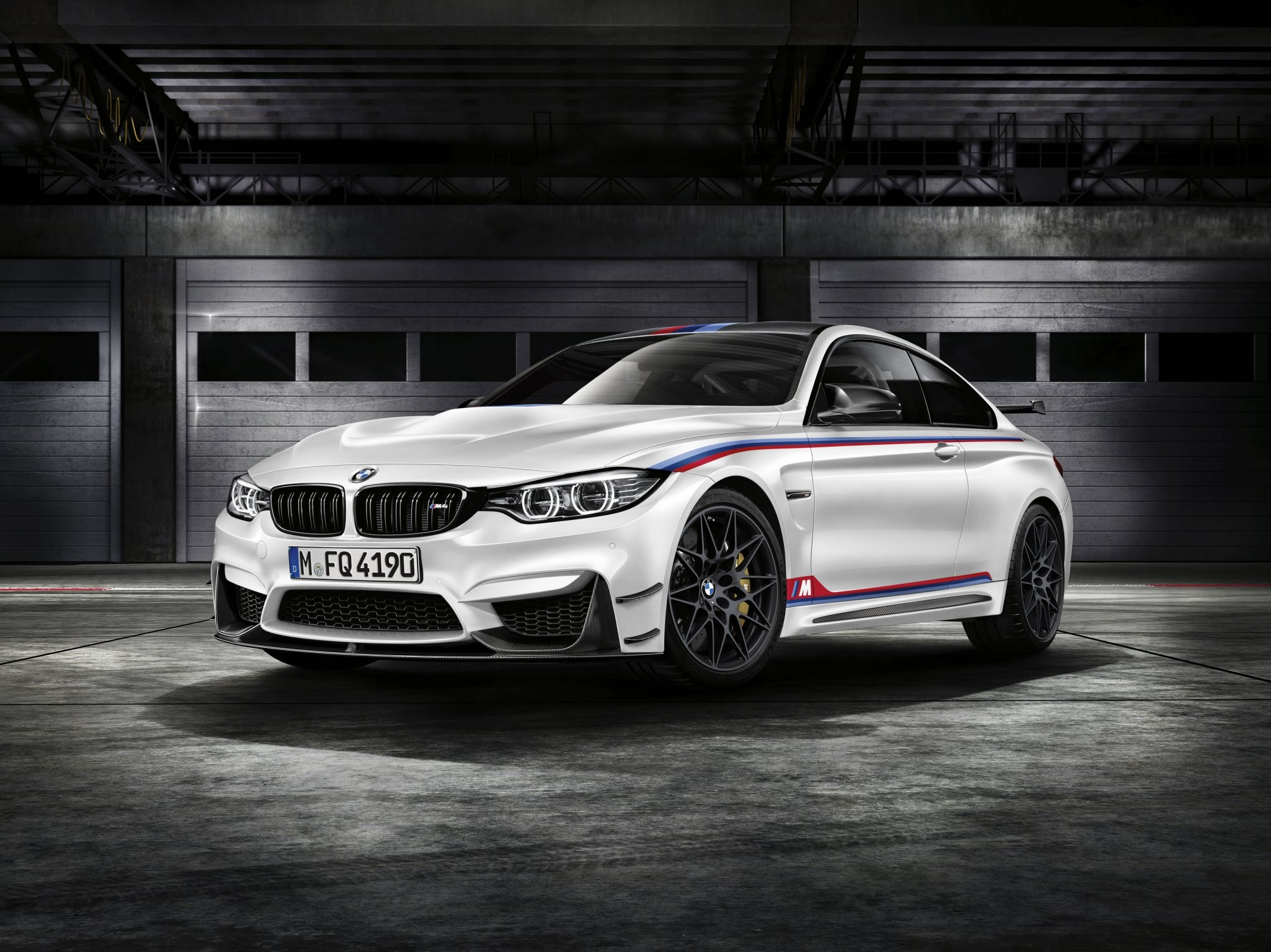 BMW M4 DTM Champion Edition aa