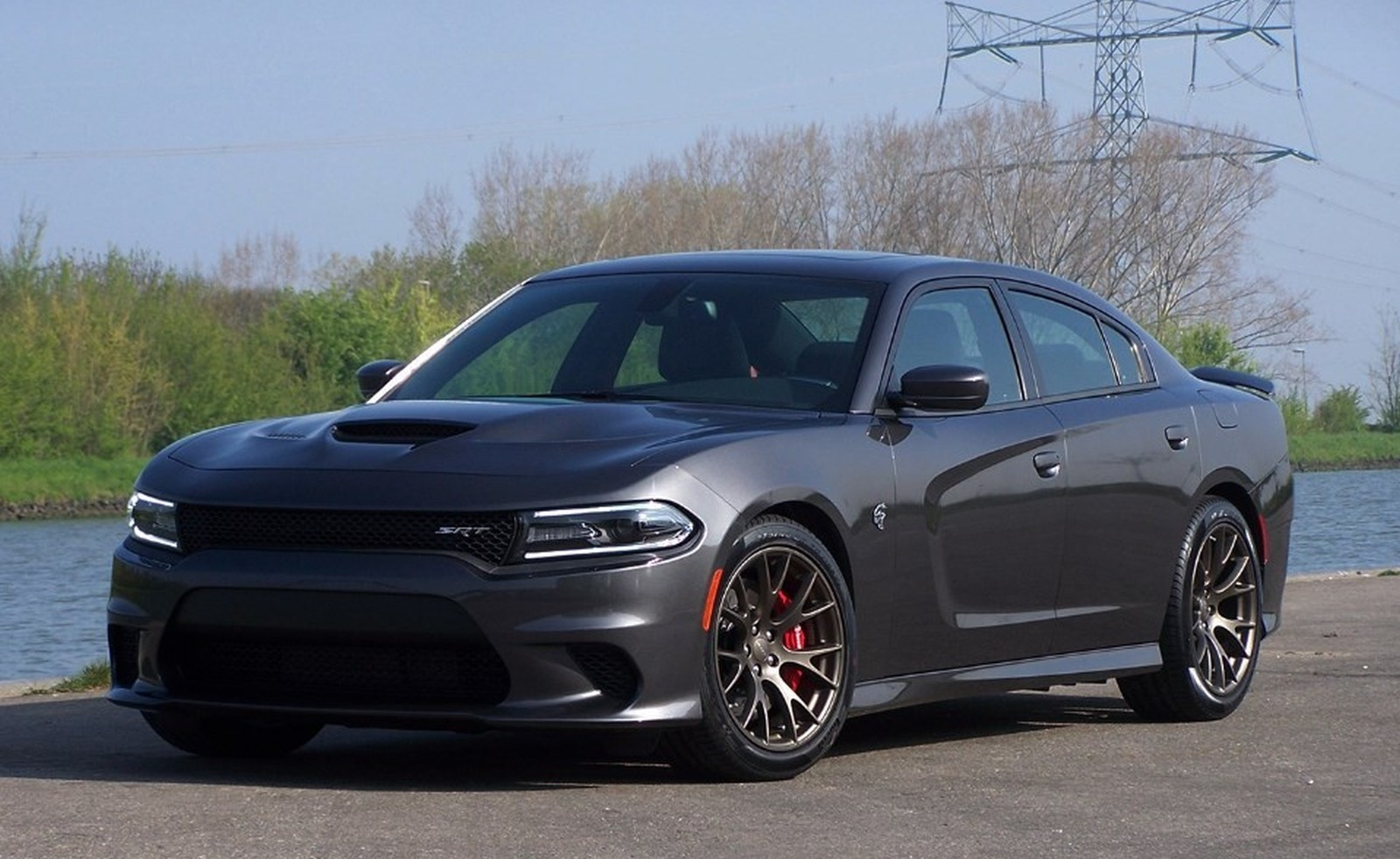 Dodge SRT Charger Hellcat 001