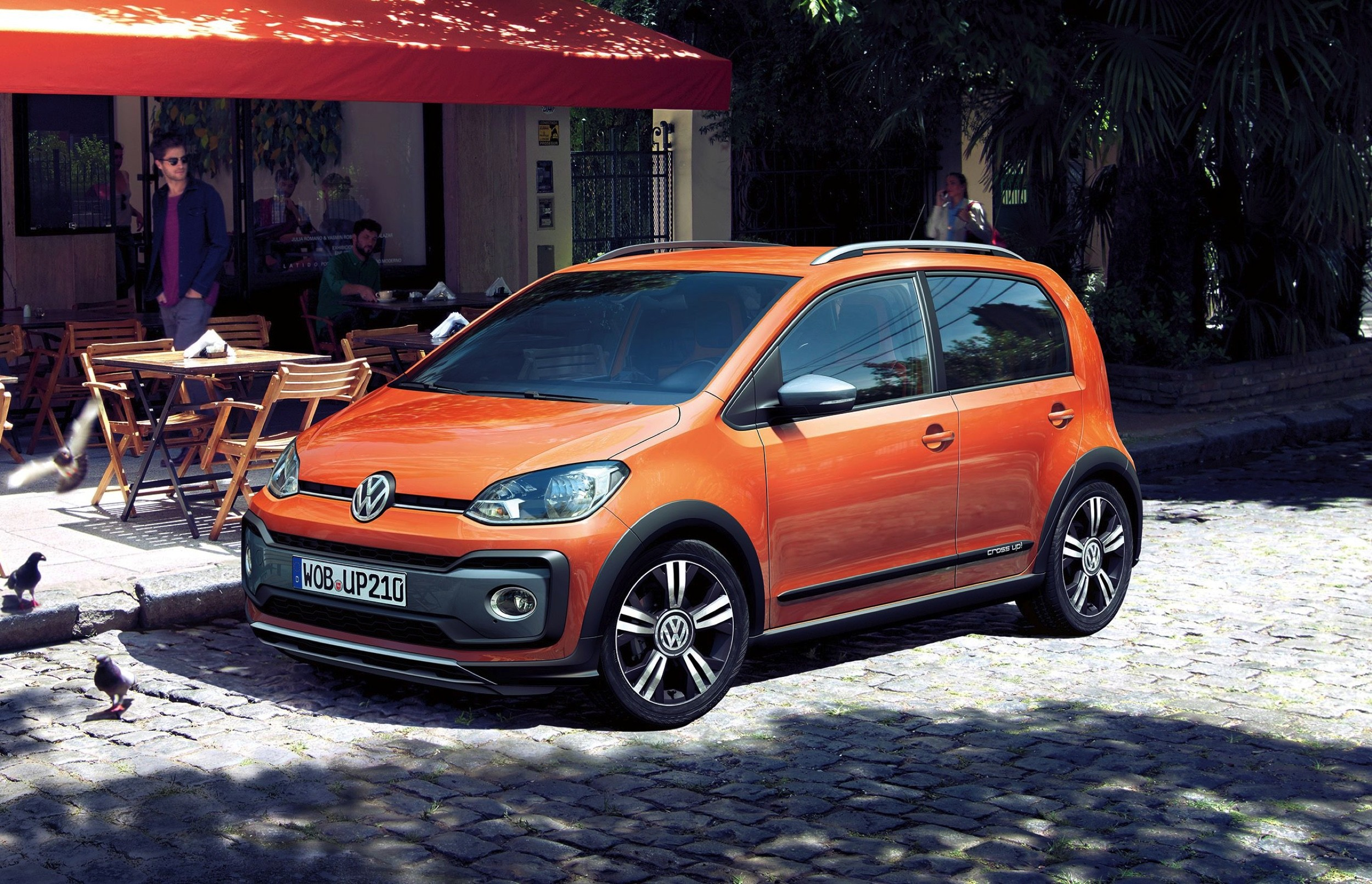 Volkswagen Cross Up -1- Autovisie.nl
