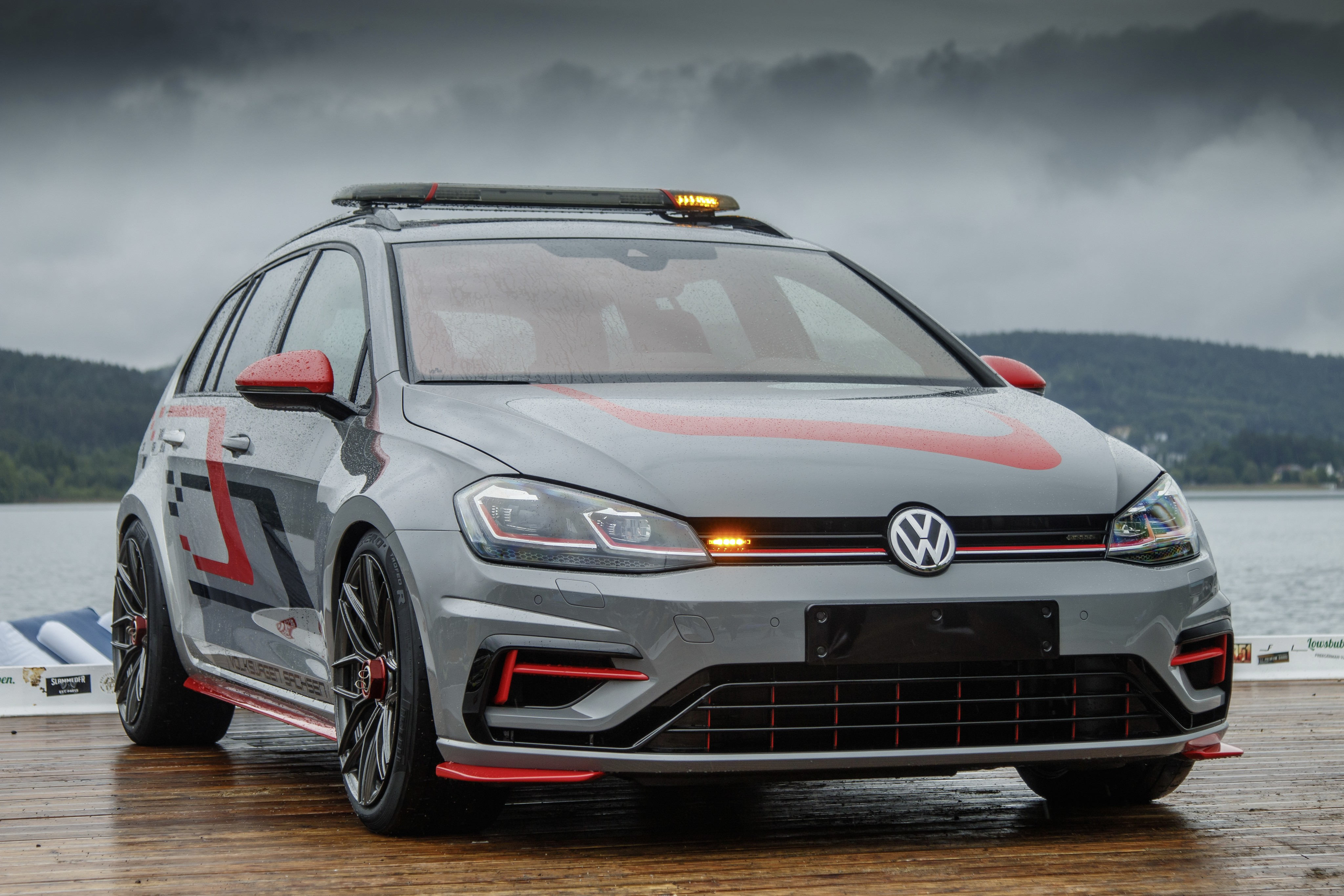 Volkswagen Golf Variant R FighteR